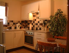 bungalows-kitchen